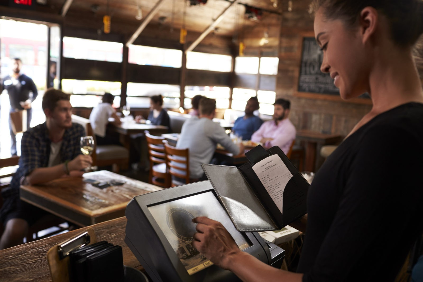 Improve The Guest Experience In Your Restaurant With Big Data